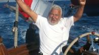 Bir deniz adamını yelkenleri dolupta, koca deryalar üzerinde kelebekler gibi uçunca böyle keyifleniyor. Selam olsun doğanın sonsuz enerjisini kendi lehine kullanma becerisini göstrebilen sevgi dolu yüreklere. Foto Domenico Romeo 2010...
