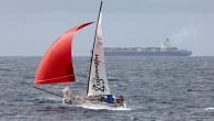 Fırtınalarıyla ünlü Kuzey Atlantik'i (Atlas Okyanusu) geçen en küçük tekne ünvanını elde etmek isteyen denizci Olivier Jehl, mini yelkenlisinin batmasıyla bu rekoru kıramadı. Sadece 6.4 metre boyundaki 6.5 Mini-class sınıfı...