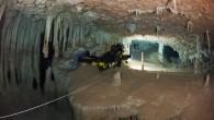 Üç ay önce Xisco Gracia, her dalgıcın en kötü kâbusu diye nitelediği bir durumda buldu kendini: Bir sualtı mağarasında, bir hava boşluğuna sığınarak hayatta kalmaya çalışırken. Garcia, saatler geçtikçe kurtarılamayabileceğini...