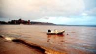 Bodrum'da 3 gündür devam eden güneşli hava yerini sağanağa bıraktı. Dün akşam saatlerinde başlayan ve sabaha kadar aralıklarla devam eden yağmur nedeniyle yüksek kesimlerden gelen çamurlu sular, derelere karışıp denize...