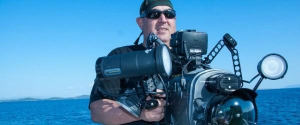 """Sualtı Görüntüleme Yönetmeni ve Belgesel Yapımcısı Tahsin Ceylan'ın, Van Gölü'nde yaşayan ve endemik bir tür olan inci kefalinin tatlı sulara göçünü anlatan belgesel çalışması, """"23. PAF Tachov Festivali""""nde birincilik elde..."""