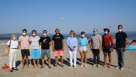 Türkiye Yelken Federasyonu Başkanı Özlem Akdurak, İzmir Gülbahçe'de rüzgar sörfü sınıfında faaliyetlerini sürdüren Urla Kaykay ve Uçurtma Sörfü Spor Kulübü'nü kulüp merkezinde ziyaret etti. Federasyon yöneticileri ile birlikte İzmir İl Yelken Temsilcisi Volkan Timurşah'ın da katılımı ile gerçekleşen ziyarette Başkan […]