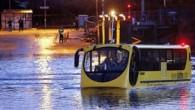 İngiltere'de kullanılması planlanan, hem karada hem de suda gidebilen yolcu otobüsü ilk denemesi başarısız oldu. Otobüs yarın tekrar denenecek. İngiltere'de hem normal yolda hem de su üzerinde yolcu taşıyabilen bir otobüsün ilk denemesi başarısız oldu. İlk etapta normal bir şekilde […]