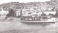 1934'te Hollanda tezgahlarıda inşa edilen BAYRAKLI 255 gross tonluk küçük bir yolcu gemisiydi. Boyu 39,5 m, genişliği 7 m kadardı… Sağlı, sollu iki adet dizel motoru vardı… Buhar makineli olmayıp motorlu olmakla da öncekilerden ayrılıyordu… 9 mile yakın hız yapmaktaydı. […]