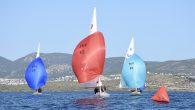 Bodrum Açıkdeniz Yelken Kulübü'nün düzenlediği Dragon Sonbahar Serisi 2019 gerçekleştirilen 4.ayak yarışlarıyla tamamlandı. 4 Ayak sonunda birinciliği Elif teknesi ile Azat Baykal, Sercan Büyüksöylemez ve Ali Tokcan'dan oluşan ekip elde ederken Fresh Gale teknesi ile Arkun Demican, Ali Tezdiker ve […]