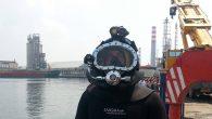 Edinilen bilgiye göre, 20 yıllık dalgıç Ali Çilingir, gemi pervanesi temizlerken öldü.Starof Shipping SA adlı firmaya ait Moldova bayraklı SKYMOON 1 adlı geminin pervane bakımıiçin suya giren dalgıç, geminin pervanesi çalışmaya başladığı sırada hortumu dolanan Çilingir hayatını kaybetti. Ölümü şüpheli […]